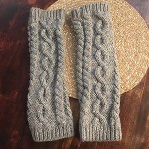 Steve Madden Grey Knit Leg Warmers